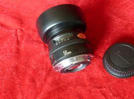 Canon EF Mk.1 f1.8 50mm lens (metal base plate model)