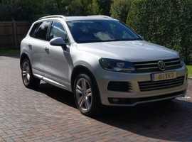 Volkswagen Touareg, 2012 (62) Silver Estate, Automatic Diesel, 125,000 miles