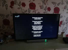 "Toshiba 32""smart lcd TV"