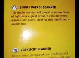 Single scanning light