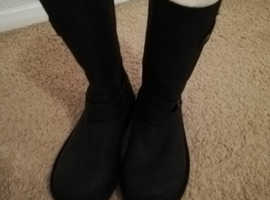 1 pair of black and one pair of brown  women's UGG Boots