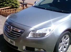 Vauxhall Insignia, 2010 (59) Silver Hatchback, Manual Diesel, 104,000 miles