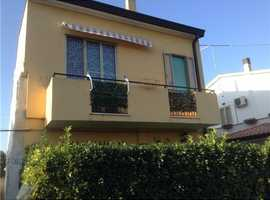 Independent Villa North East Italy