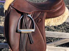 DEVOUCOUX Saddles for sale