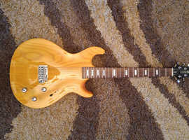 Line 6 Variax 700 Electric Modelling Guitar