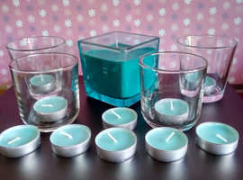 BUNDLE OF 10 TEALIGHTS, GLASSES & BLUE SQUARE CANDLE UNUSED