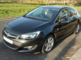 Vauxhall Astra, 2013 (13) Black Hatchback, Automatic Petrol, 29,650 miles