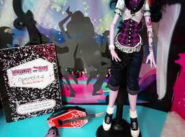 Monster High Doll Operetta Complete