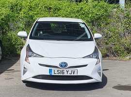 Toyota Prius, 2016 (16) white hatchback, Cvt Hybrid, 91376 miles