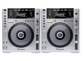 Pioneer CDJ850's