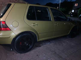 Volkswagen Golf, 1999 (V) Yellow Hatchback, Manual Petrol, 154,000 miles