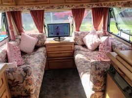 Bailey Imperial Padgett 2000 two birth caravan