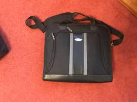 Nearly new Samsonite laptop bag for sale