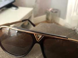 L v sunglasses