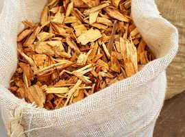 High Grade Log Wood Chip 50l, 100l & bulk quantities for Gardening, Horse & Chicken Bedding