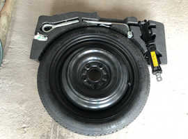 Nissan pulsa spare tyre  kit with tool kit