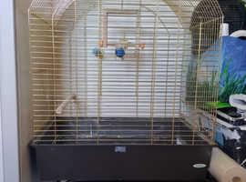 Lrg bird cage on stand