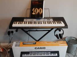 Casio keyboard bundle