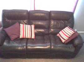 Lazboy 3 Seater Leather Sofa Good Condition