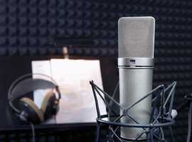 Voiceovers in Spanish and translation.