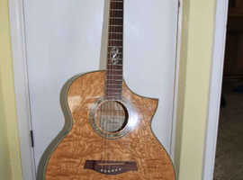 Ibanez Acoustic/Electric guitar in Quilted Ash