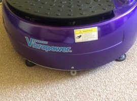 Vibraplate exercise machine