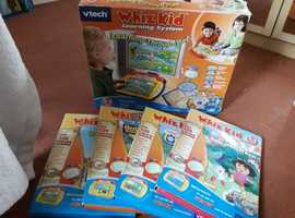 VTECH Whizz kids console & 4 ineractive games