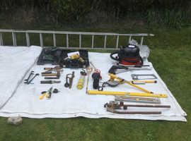 Mixture of building tools