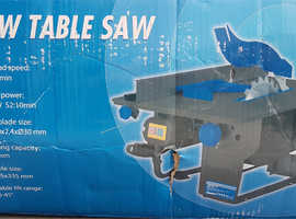 PORTABLE BENCH TOP TABLE SAW BENCH - ( SEE PICTURES FOR DESCRIPTION & SPEC)