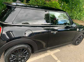 Mini MINI, 2016 (16) Black Hatchback, Manual Diesel, 44,000 miles