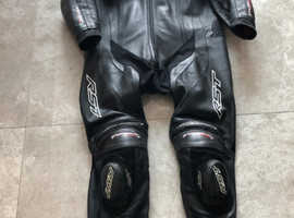 Excellent Condition RST Performance TrackTech Evo 3 Full Leathers.