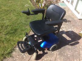 Powerchair, electric wheelchair, mobility scooter.