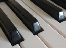 Piano, music keyboard tuition