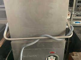 Comenda Comercial Pass Through Dishwasher