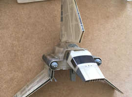 Imperial Shuttle 2002 STAR WARS Saga Collection