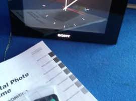 Sony digital. Photo frame with remote
