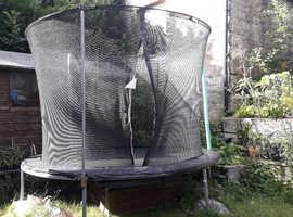 8 foot/2.4m Trampoline and enclosure