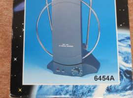 UHF/VHF/FM Rotating Indoor Antenna