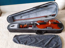 Stagg full size violin with tutorial books... excellent condition £100 ono
