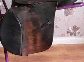 Complete tack set, bridle, saddle, saddlepad etc