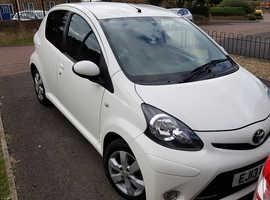 Toyota Aygo, 2013 (13) White Hatchback, Manual Petrol, 80,000 miles