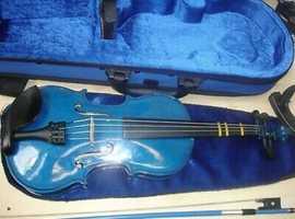 Child size violin in blue