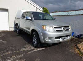 Low -mileage Toyota Hi-Lux 2.5 TD Invincible 4x4 double-cab with Canopy. No VAT.