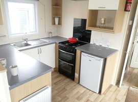 * Managers Special * 2 Bed 6 Berth Caravan with Beach Access