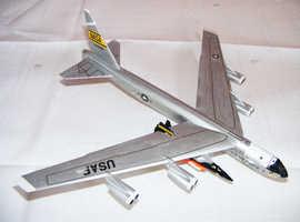 1:200th. Dragon. Boeing B52 Stratofortress & X 15.