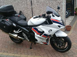 Suzuki gsx1250fa 2015.fitted with and Suzuki panniers stunning.