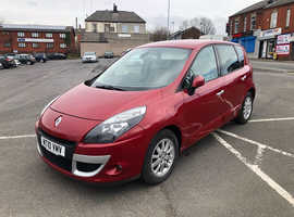 Renault Scenic, 2010 (10) Red MPV, Manual Diesel, 80,000 miles