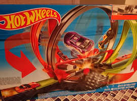 Hotwheels ROTO REVOLUTION stunt toy.