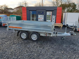 3 way electric tipping/tipper trailer 10' x 5'9