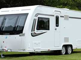 Lunar Delta Ti Twin axle caravan, lovely condition with little use.